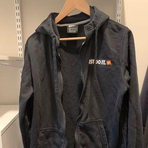black Nike zip up hoodie